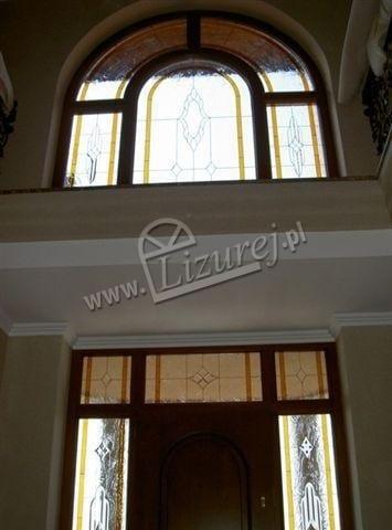 okna_z_witrazem_