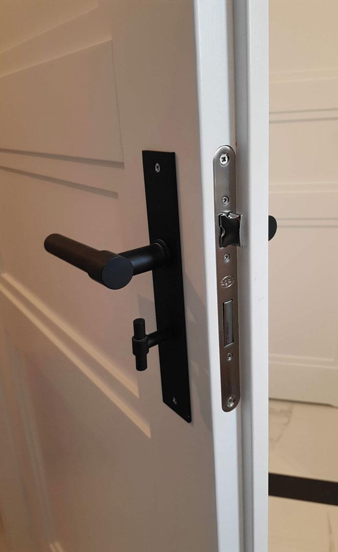 drzwi_wewnętrzne_drewniane_białe_angielskie_LW531-5