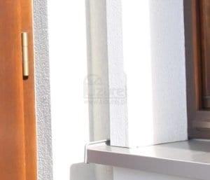 okna_zamontowane_2-300x257