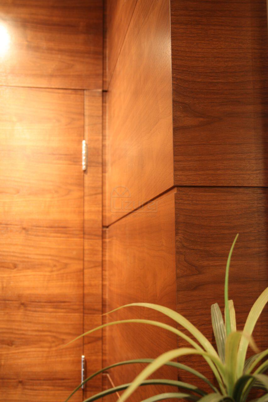 Drzwi Wewnętrzne Drewniane Orzech Amerykański Drewno Na ścianie NowoczesneLW305