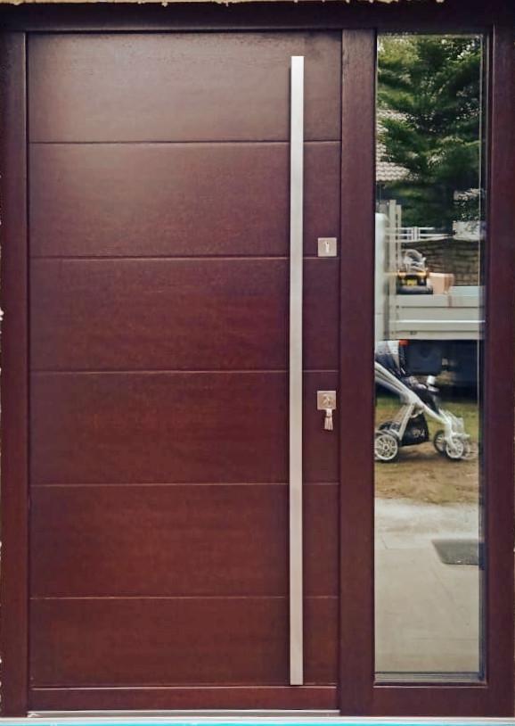 Drzwi zewnętrzne proste nowoczesne dąb bagienny z pochwytem LZ625