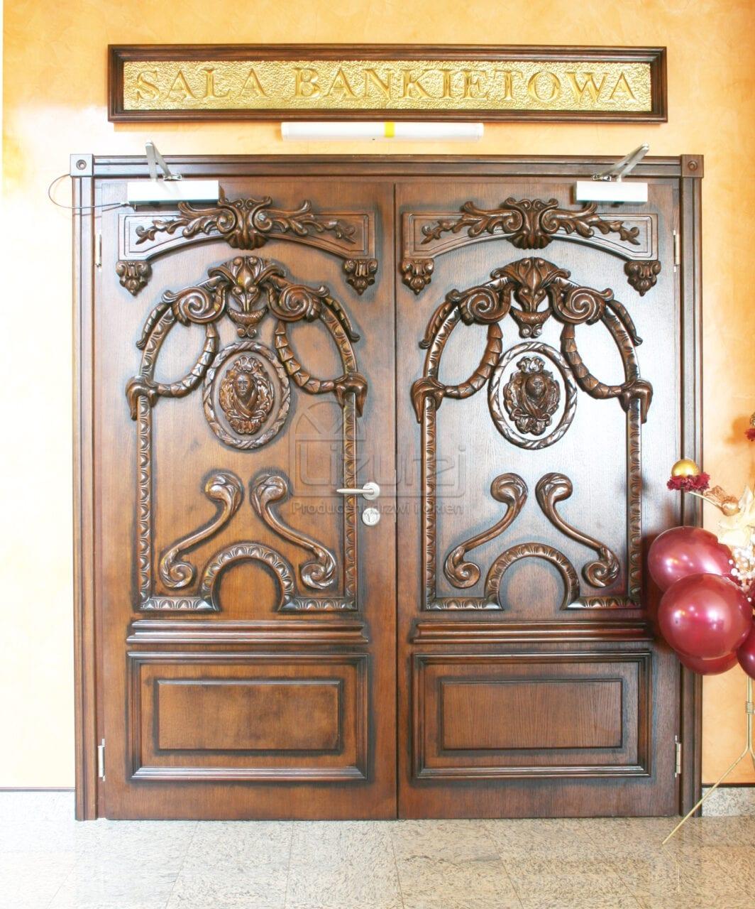 Drzwi wewnętrzne zabudowy meblowe RESTAURACJA HOTEL WENECKA LZ352