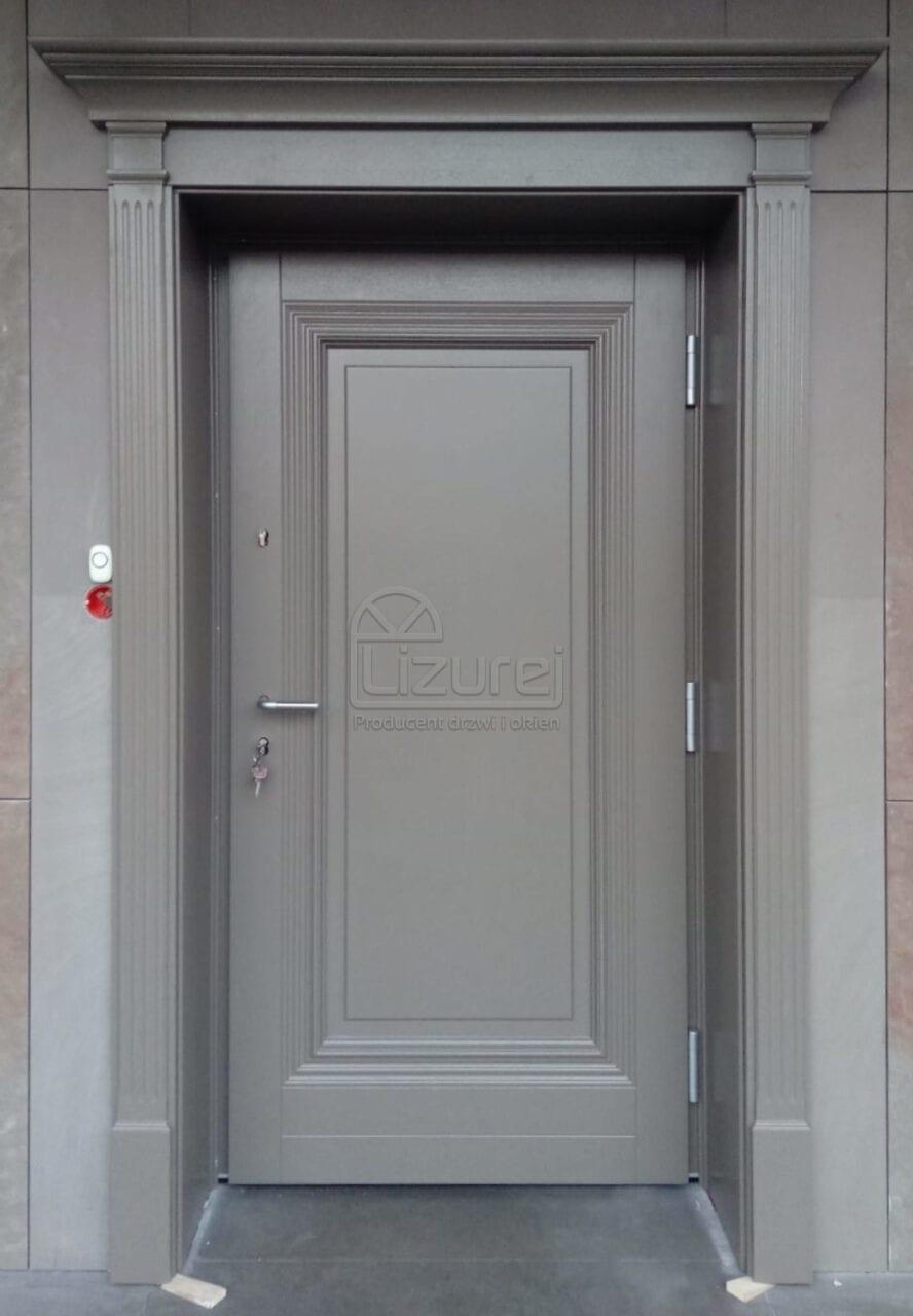 Drzwi zewnętrzne drewniane z oprawą szarość ołówkowa  LZ640
