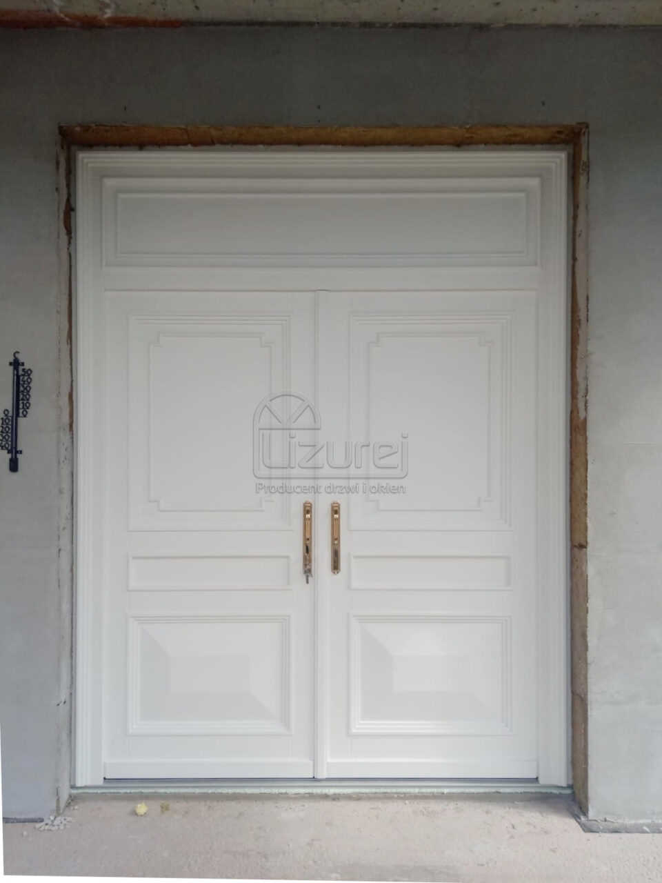 Drzwi dwuskrzydłowe pasywne i energooszczędne białe do rezydencji i willi oraz do kamienicy LZ656