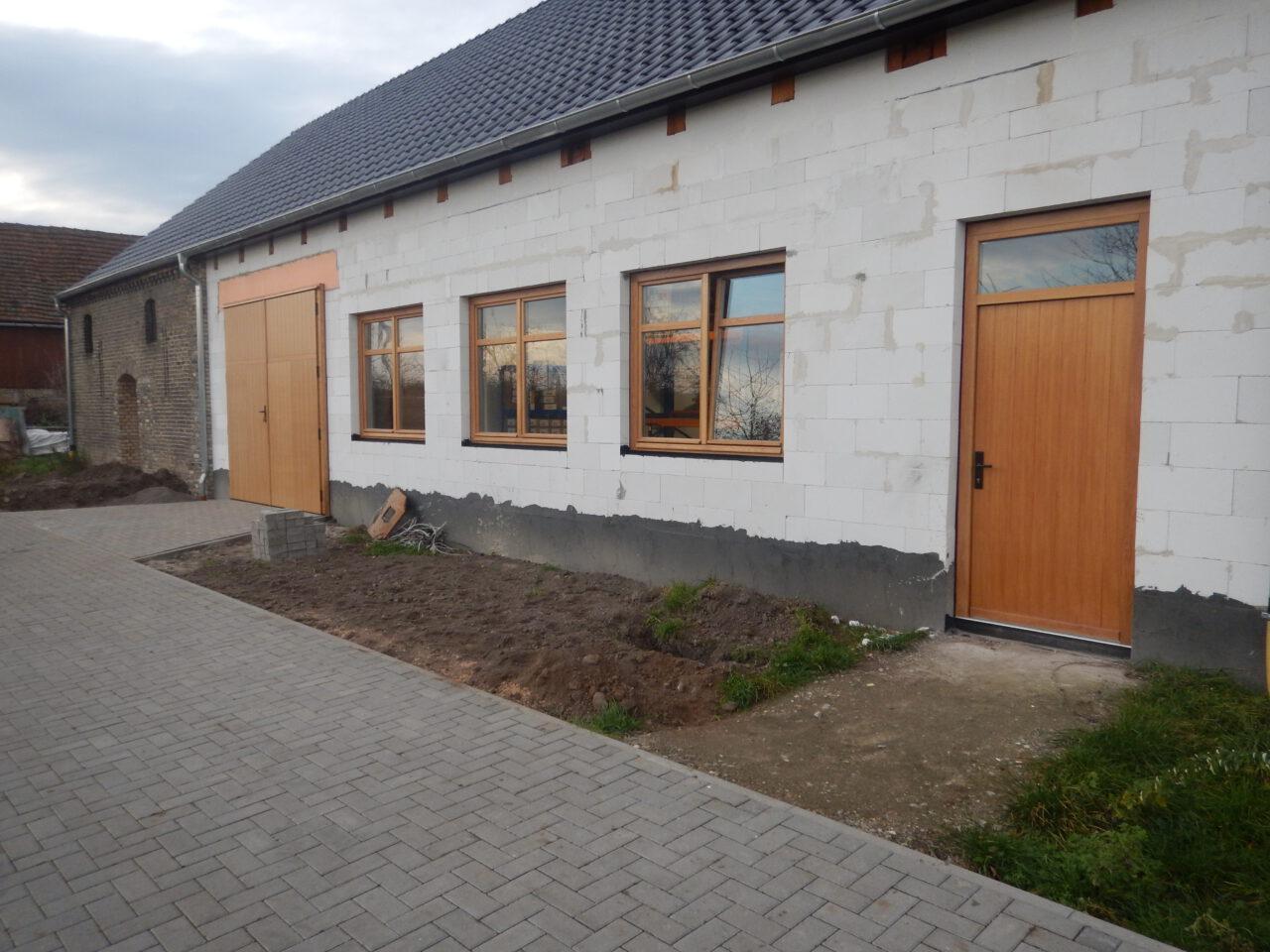 Drzwi bram i okna drewniane dąb 658