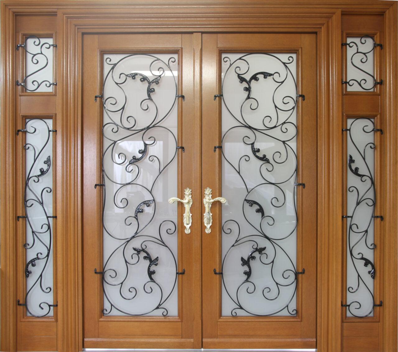 Drzwi zewnętrzne drewniane dwuskrzydłowe metaloplastyka LZ527